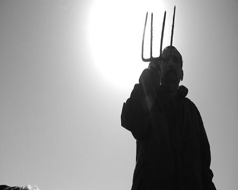 עודד הירש, טרקטור, סטילס מתוך וידאו, 2014