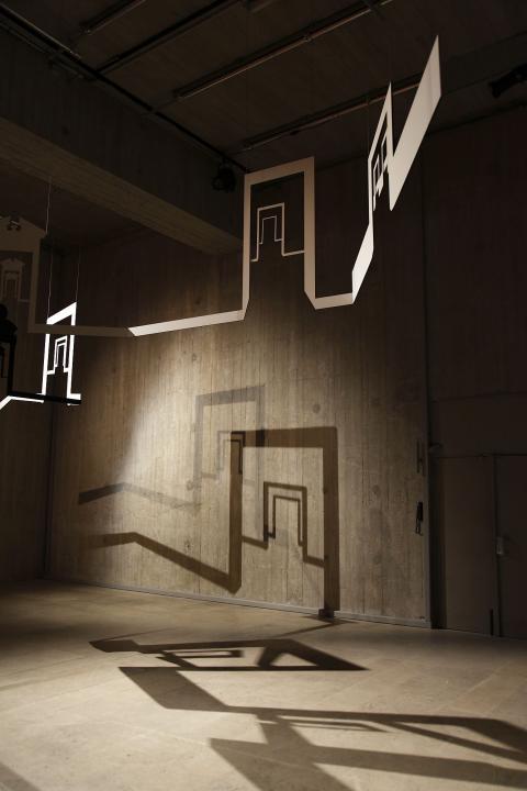 وليد رعد مقدمة للطبعة الأولى. منظر انشاء. متحف اللوفر.