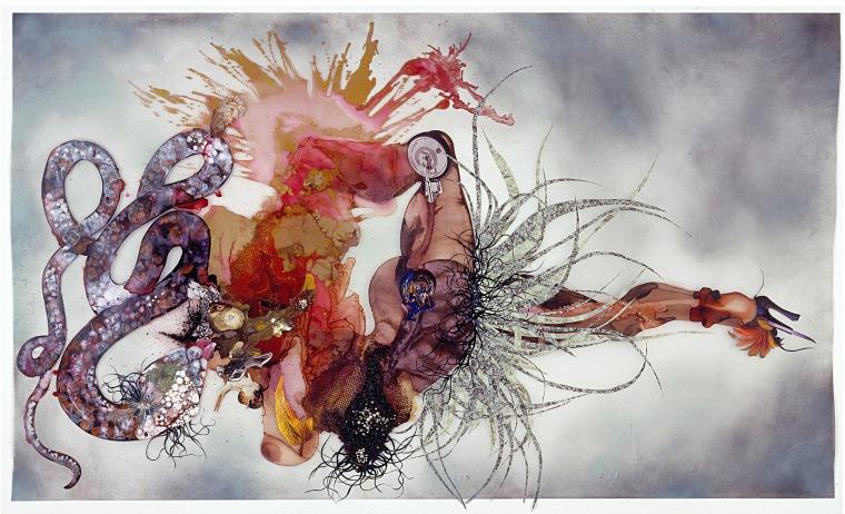 فنغيتشي موتو، لا لست نادمة، 2007. حبر، لون، تقنيات مختلطة، نباتات وكريّات بلاستيكية على مايلار. بلطف من الفنانة وغاليري فيكتوريا ميرو