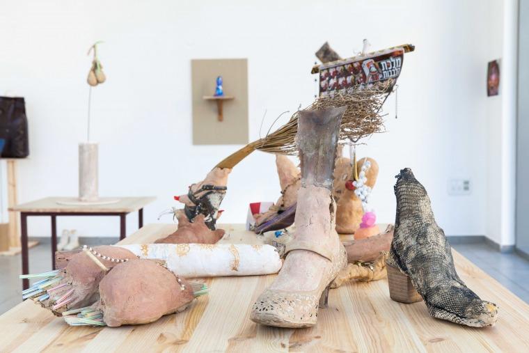Michal Makaresco, Walk Me Home Installation view, Hamidrasha Gallery Photography: Elinor Salomon